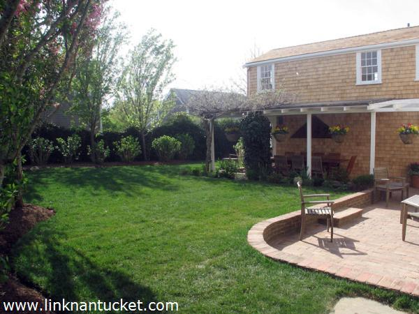Nantucket real estate for sale 20 cliff road town for Nantucket island real estate