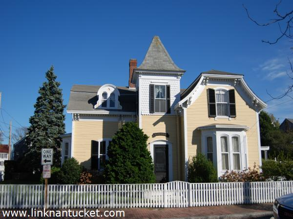 26 fair street nantucket town sold listings for Real estate nantucket island