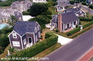 27 North Beach Street :: Brant Point
