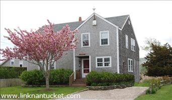 4 Swain Street :: Brant Point