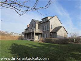 26 - 26B North Beach Street :: Brant Point