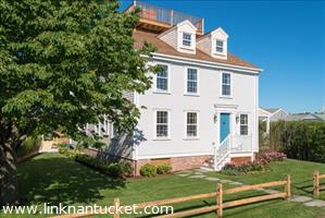 24 Walsh Street :: Brant Point