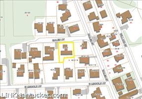 4 Galen Avenue :: Brant Point