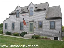 17 Washington Avenue :: Madaket