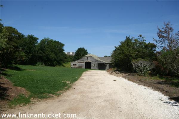 4 Old Westmoor Farm Road