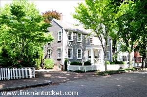 103 Main Street :: Town