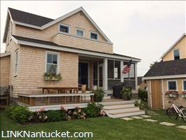 21 Walsh Street :: Brant Point