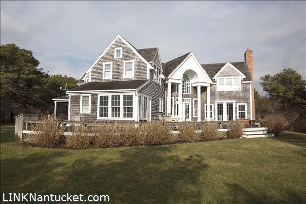 Mid island nantucket real estate for Real estate nantucket island