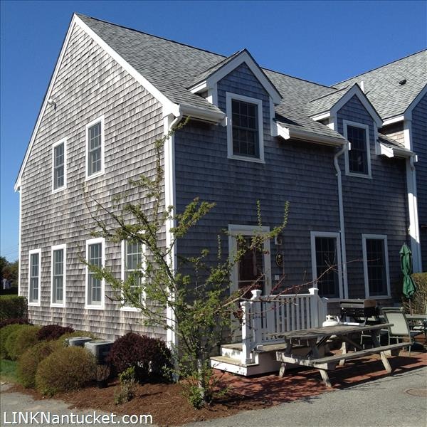 20 park circle a nantucket mid island sold listings