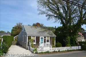 58  Pleasant Street :: Town