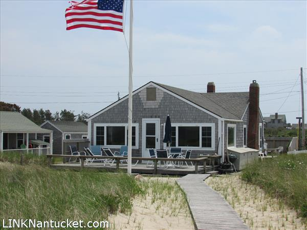 Nantucket real estate for sale 23 massachusetts avenue for Houses for sale on nantucket