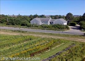 20 Bartlett Farm Road :: Hummock Pond