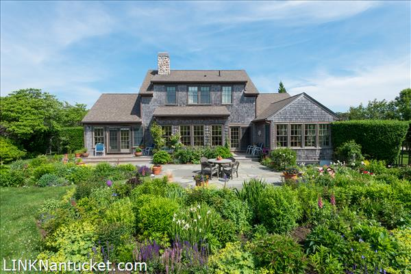 Nantucket real estate for Homes for sale on nantucket island