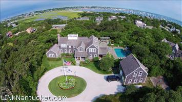 16 Brewster Road :: Monomoy
