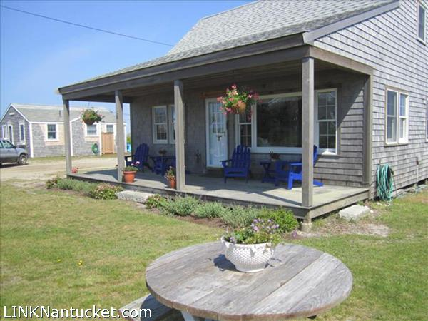 Nantucket real estate for sale 23 b rhode island avenue for Homes for sale on nantucket island
