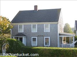 38 Walsh Street :: Brant Point