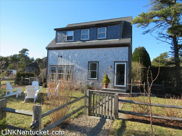 Nantucket mid island homes for sale for Real estate nantucket island