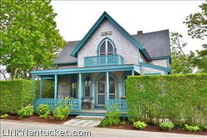 8 Cottage Avenue :: Sconset