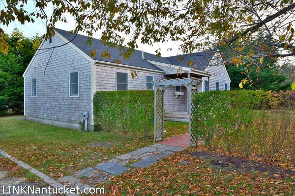 Nantucket real estate and rentals sotheby 39 s nantucket for Real estate nantucket island