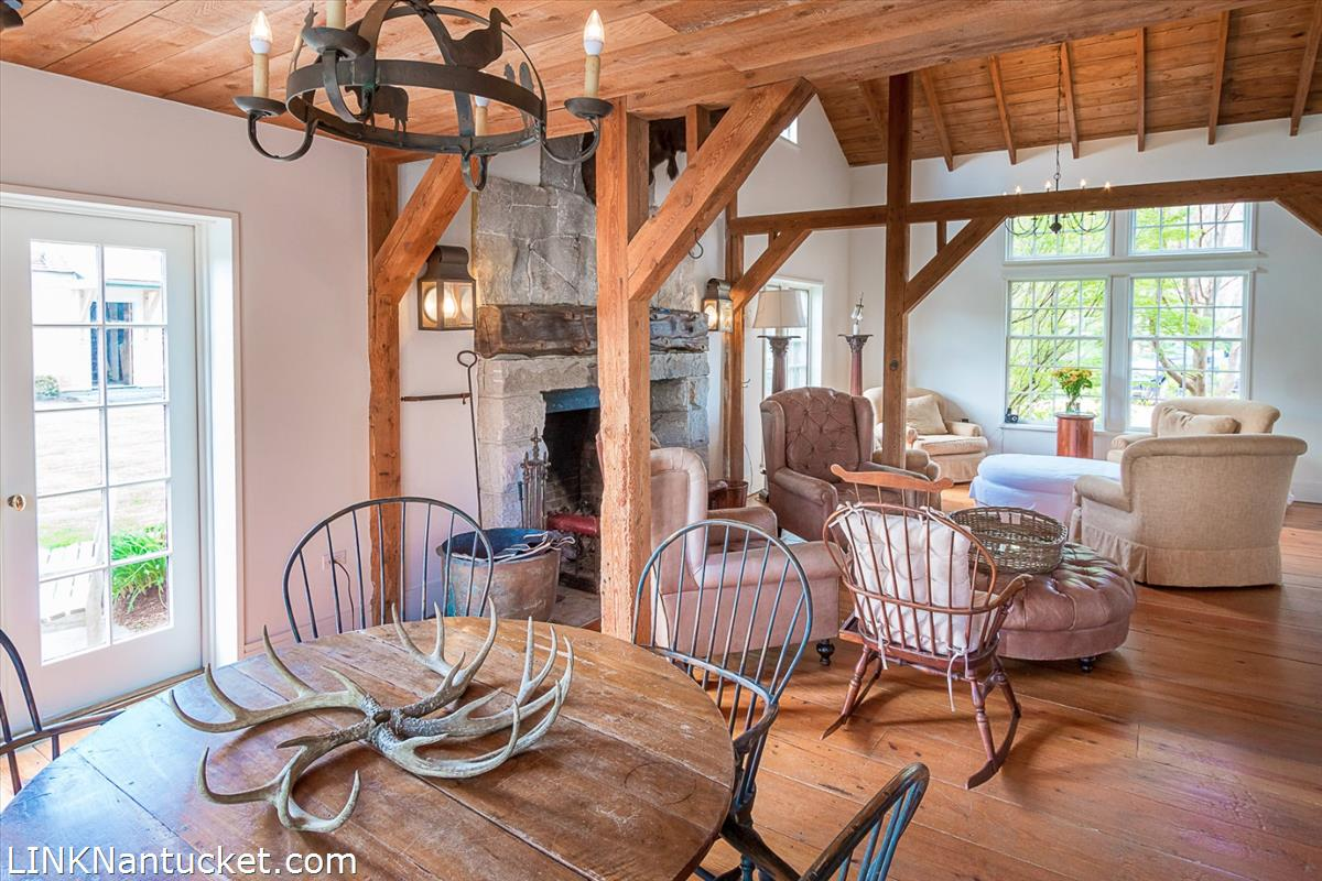 Informal Dining And Sitting Area Off Kitchen 1 In Red Barn