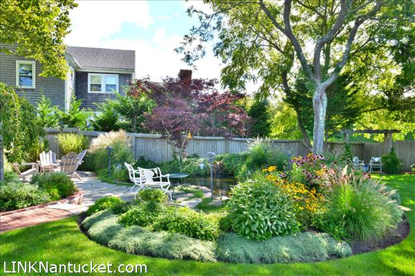 52 West Chester Street, West Of Town, Nantucket, MA 02554