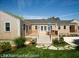 4 North Beach Street Brant Point