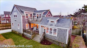 36  Walsh Street Brant Point