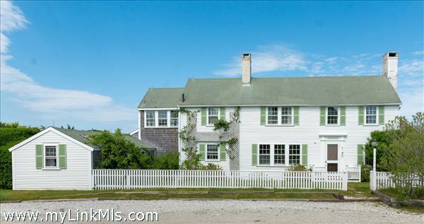 39  Monomoy Road (house on portion of land) Thumbnail