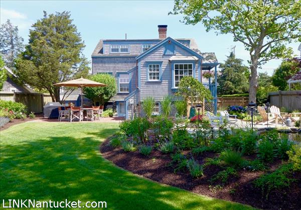 Town 52 West Chester Street Fisher Real Estate Nantucket