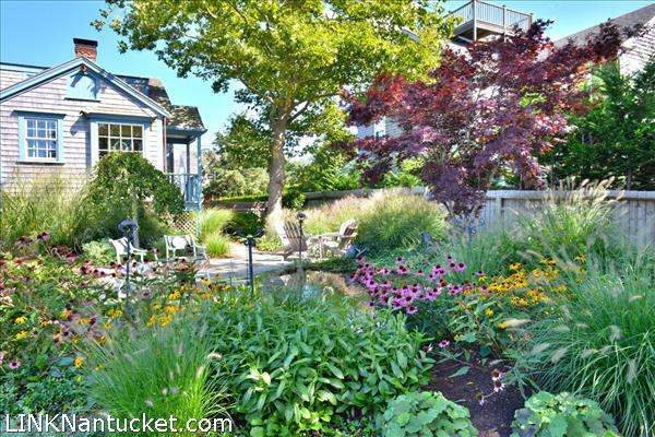 52 West Chester Street, Town, Nantucket, MA 02554