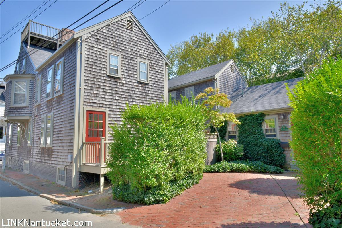 76 Center Street, # 2B Nantucket MA