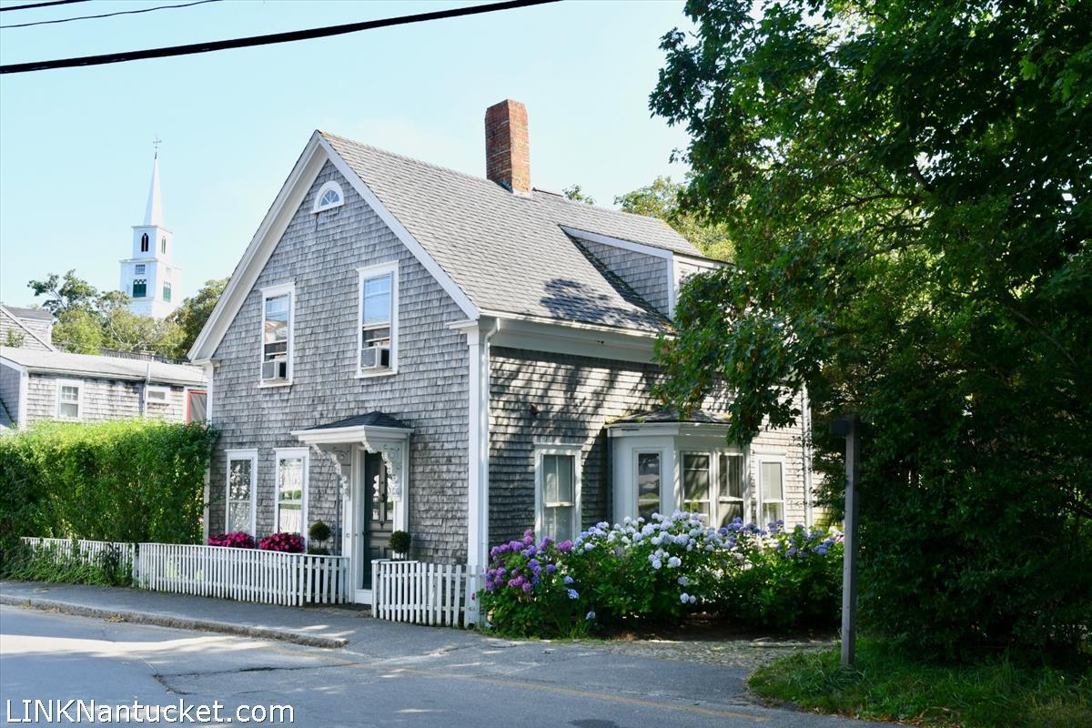 82 Center Street Nantucket MA
