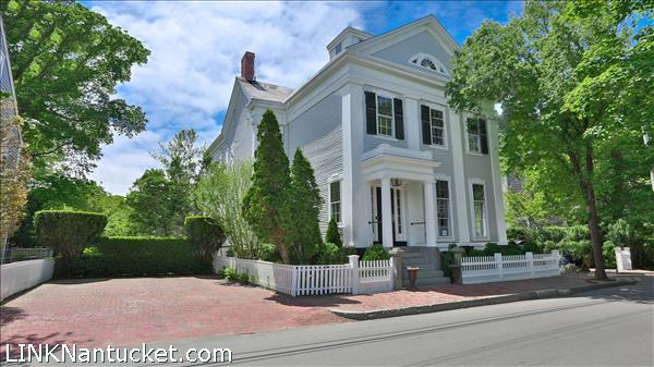 1 Pleasant Street, Nantucket, MA
