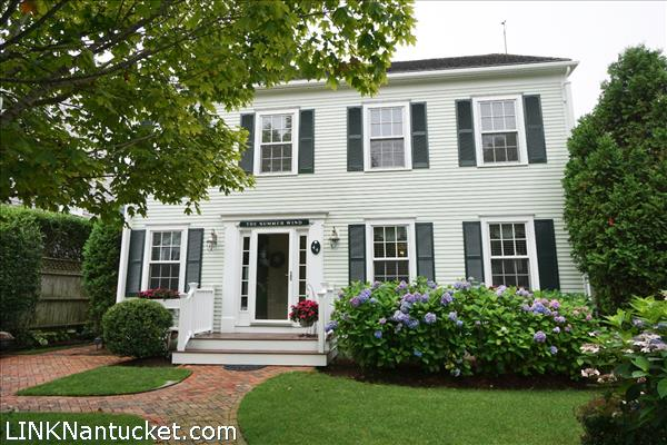 44 Goldfinch Drive, Nantucket, MA