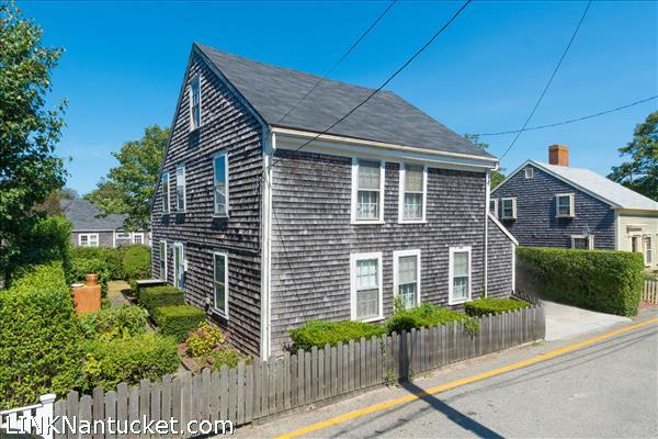 3 Beaver Street, Nantucket, MA