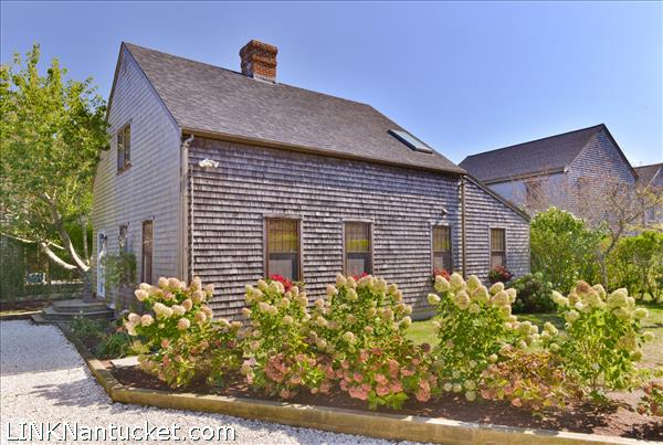 13 A Pine Tree Road, Nantucket, MA