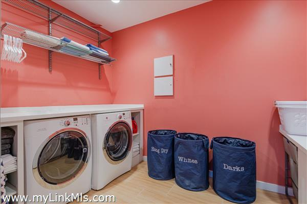 Lower Level - Laundry Room