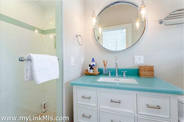 Full Bath with Tiled Shower