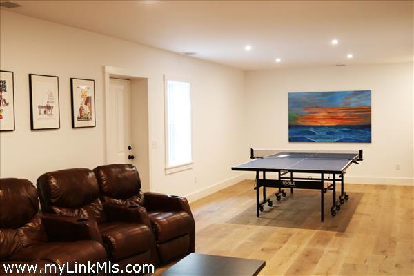 Rec room with walk out to back yard