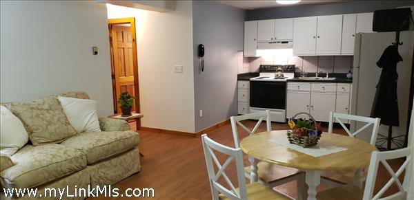 Apartment Kitchen/Dining