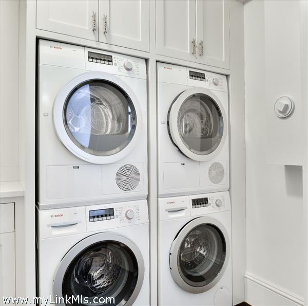 Garden Level Laundry Room