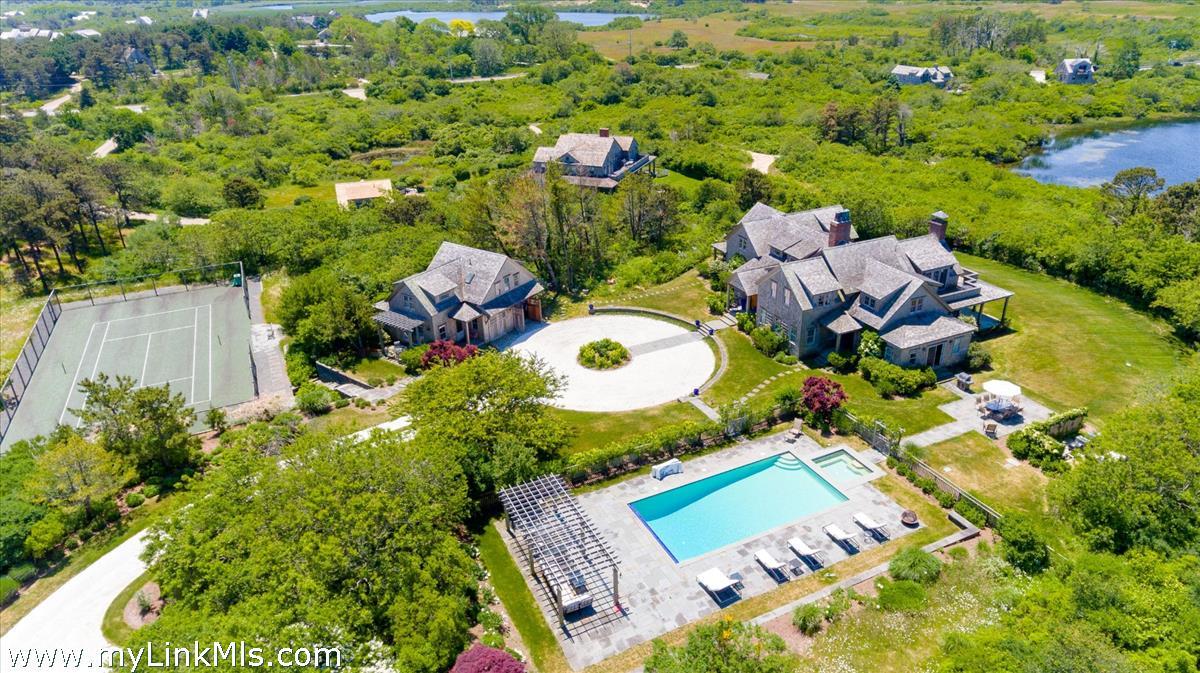 8 Maxey Pond Road Nantucket MA