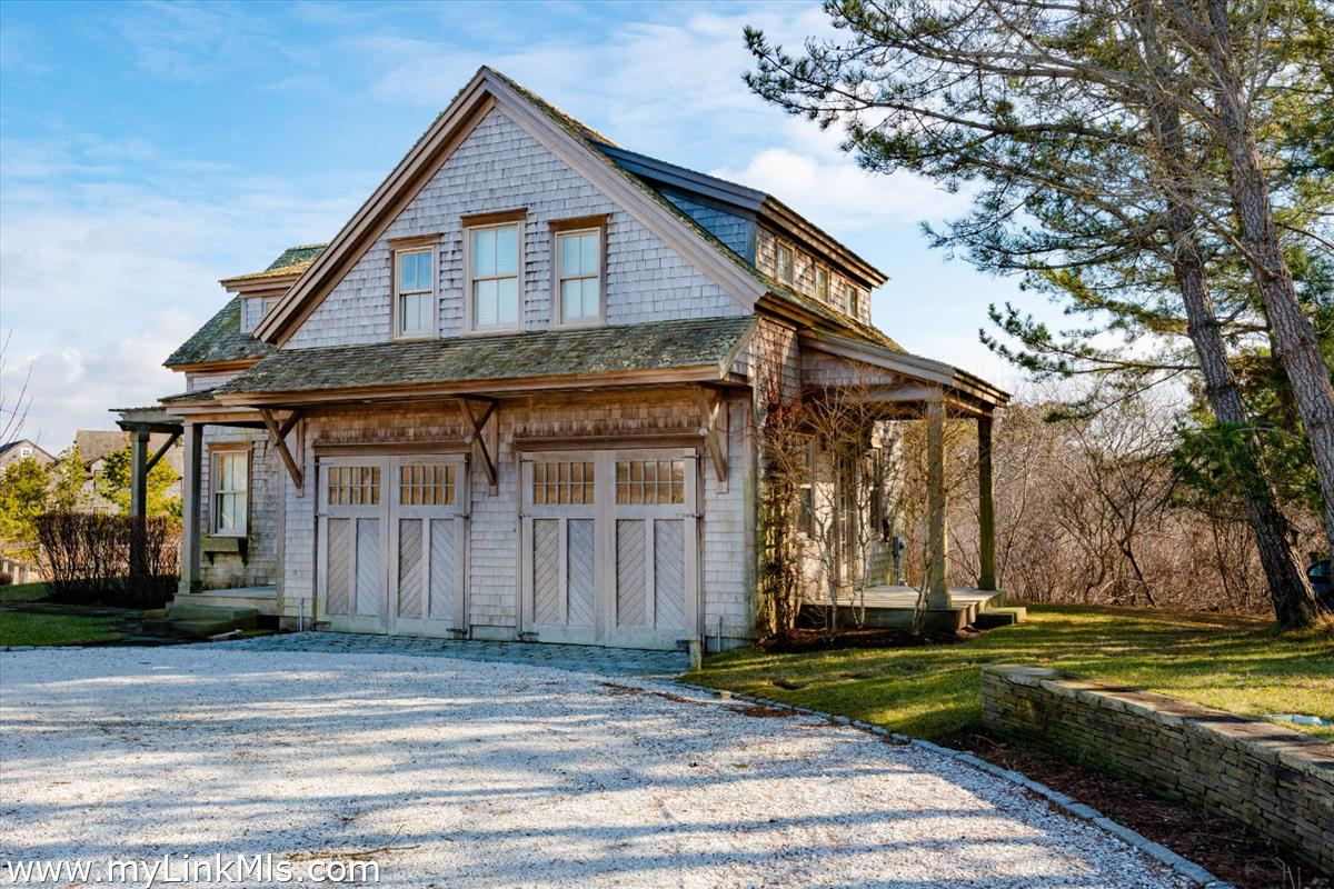 8 Maxey Pond Road Nantucket MA