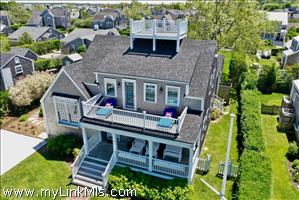 8 Galen Avenue Brant Point