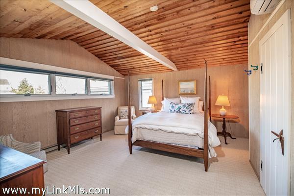 First floor bedroom with ensuite bath