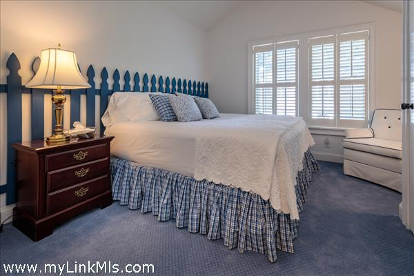Guest House: Guest Bedroom