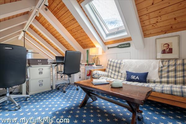 Loft/home office