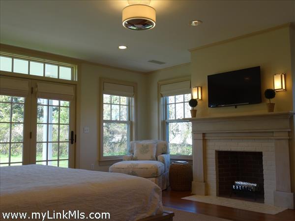 Lower MBR Suite