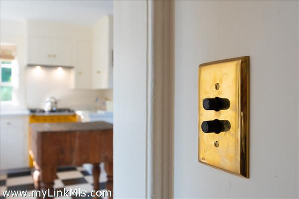 Light switch detail