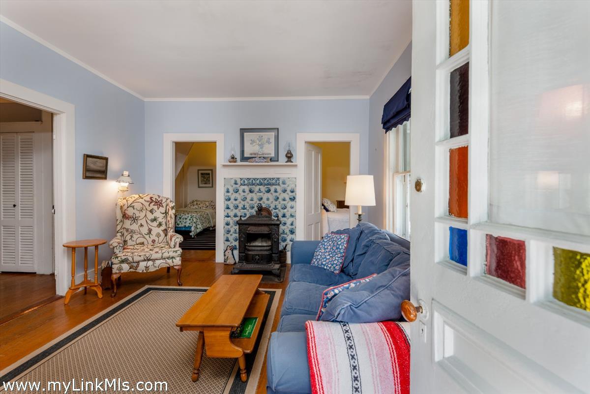 9 Magnolia Avenue Nantucket MA